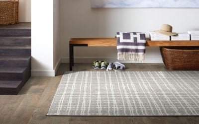 Benefits of Mixing Hardwood Floors and Area Rugs